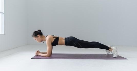 tabla o plancha ejercicios para hacer en casa